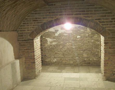 داخل سردابه گنبد سلطانیه
