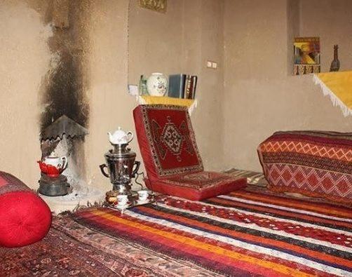 جاجیم و فرش هنر دست بافنده های روستای درسجین