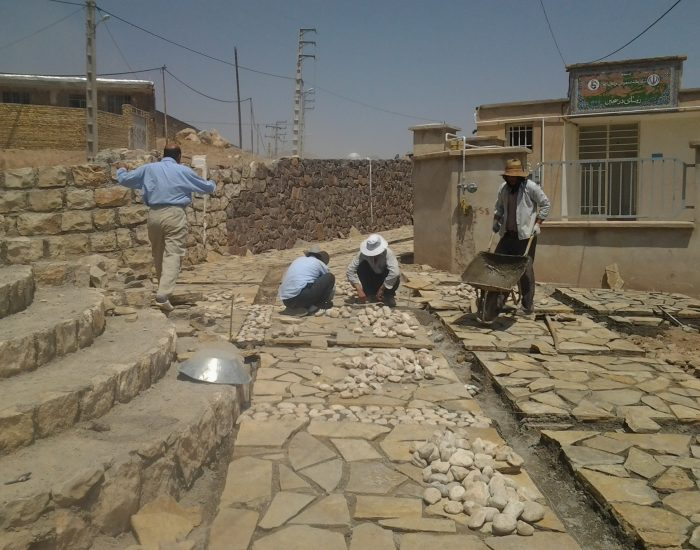 سنگ فرش روستای درسجین