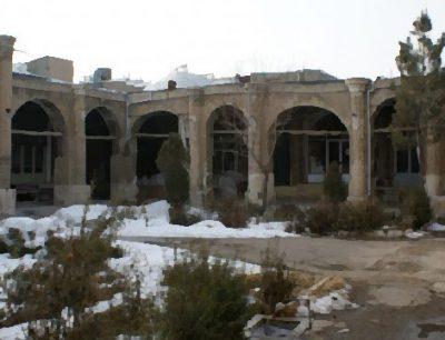 سرای حاج علی قلی در بازار زنجان