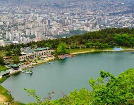 دریاچه اودزیرو در کشور گرجستان