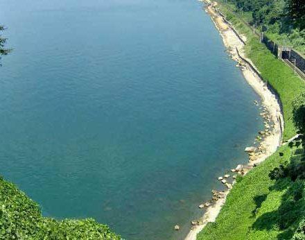 دریاچه اورتی در کشور گرجستان