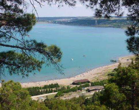 دریاچه تفلیس در کشور گرجستان
