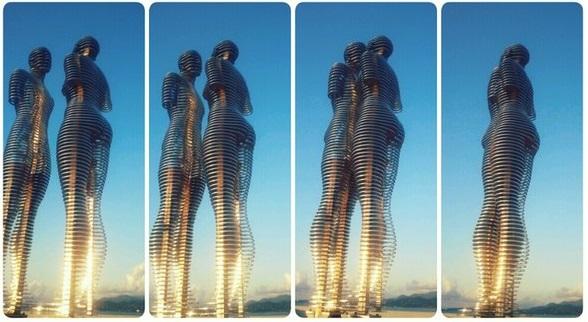 Image result for مجسمه دو عاشق در گرجستان
