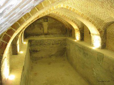 چشمه آب گرم یله گنبد در استان قزوین