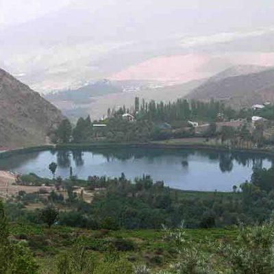 چشمه آب گرم روستای یله گنبد در استان قزوین