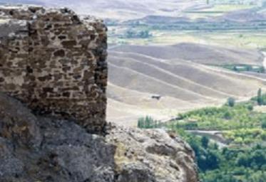 قلعه شیر کوه (قلعه بیدلان) در استان قزوین