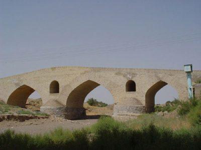 پل شاه عباسی از جاذبه های گردشگری قزوین