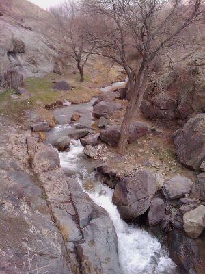 رودخانه ارنزک (یا رودخانه ارنجک) که سد سیپهسالار بر روی این رود قرار دارد