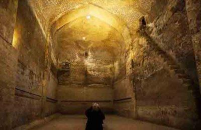 آب انبار مسجد جامع از اماکن تاریخی این شهر